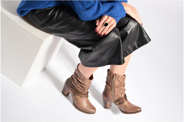 Bottines et boots Mustang shoes Louison 2 Gris vue bas / vue portée sac