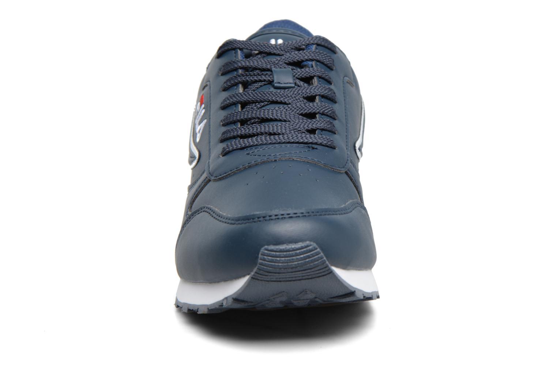 Baskets FILA Orbit Low M Bleu vue portées chaussures