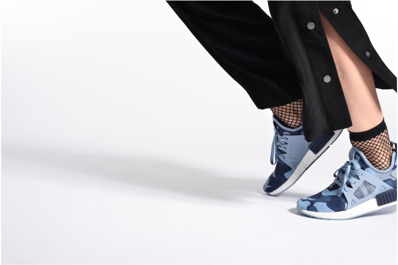 Baskets Adidas Originals Nmd_Xr1 W Bleu vue bas / vue portée sac