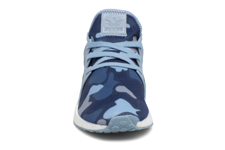 Baskets Adidas Originals Nmd_Xr1 W Bleu vue portées chaussures