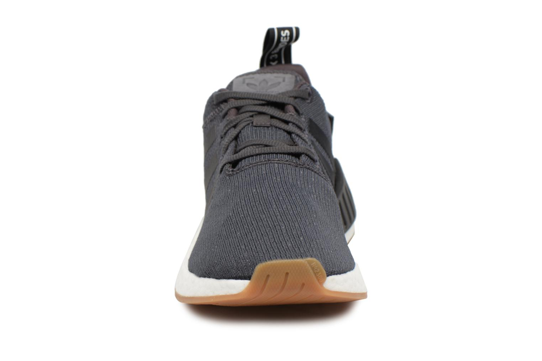 Sneaker Adidas Originals Nmd_R2 schwarz schuhe getragen
