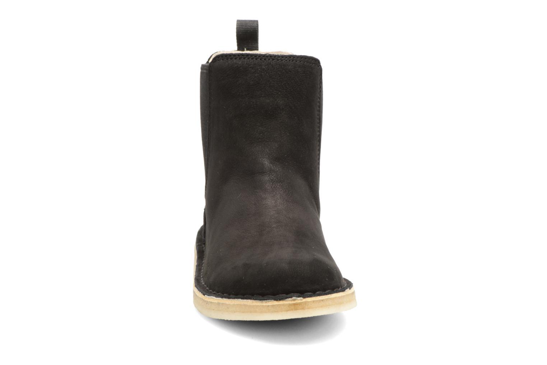 Bottines et boots Clarks Originals DESERT PEAK W Noir vue portées chaussures