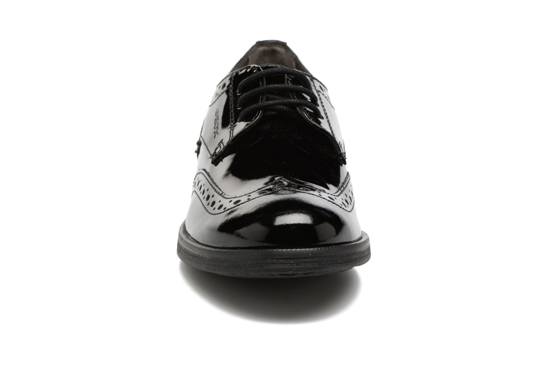 Chaussures à lacets Geox J Agata C J3449C Noir vue portées chaussures
