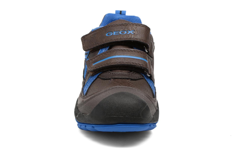 Baskets Geox J N.Savage B.A J741VA Marron vue portées chaussures