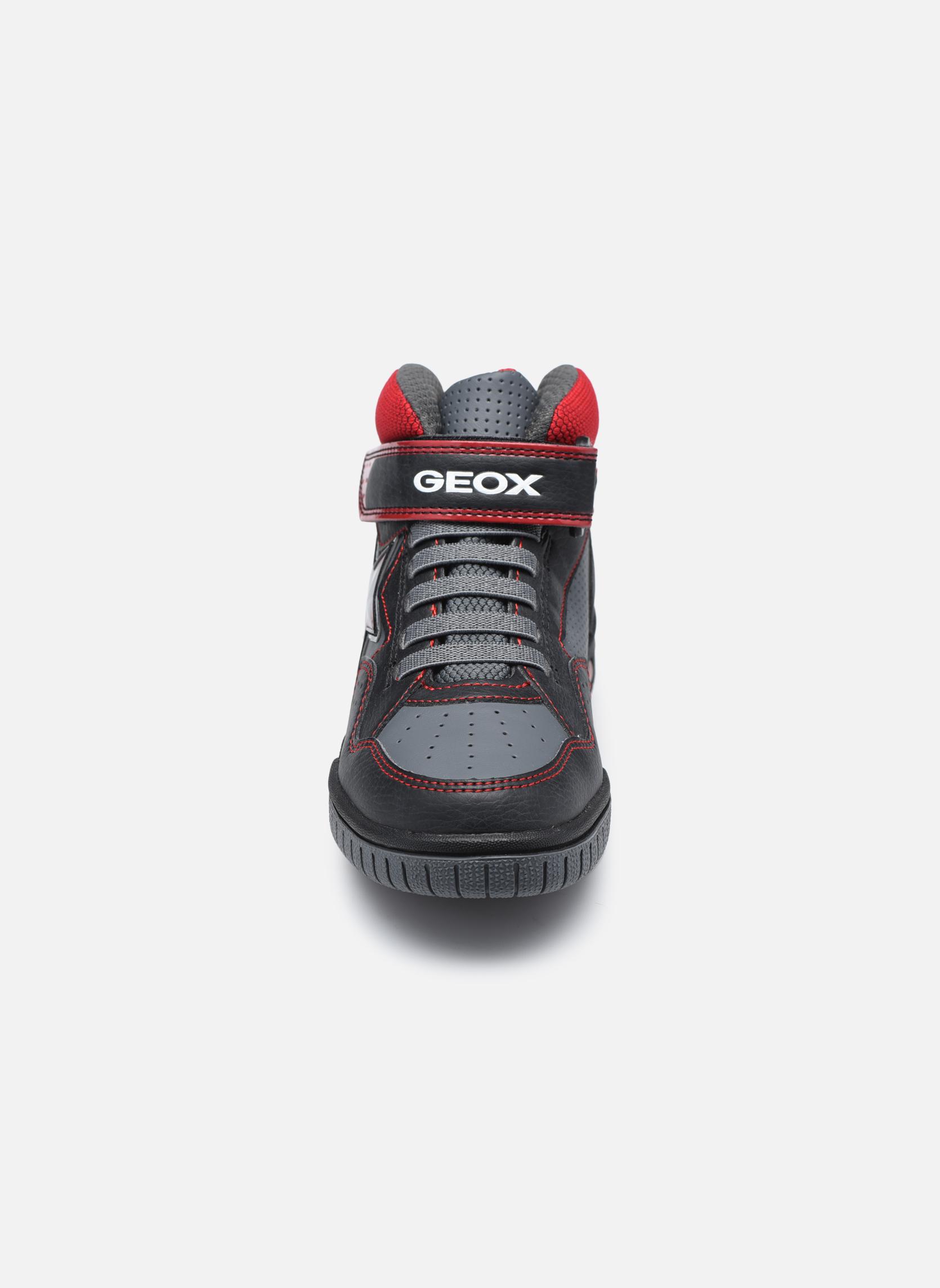 Baskets Geox J Gregg A J7447A Noir vue portées chaussures
