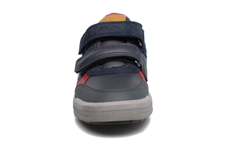 Baskets Geox J Arzach B. A  J744AA Bleu vue portées chaussures