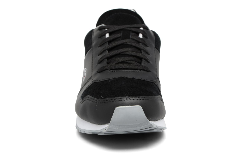 Sneakers Lacoste TRAJET 417 3 Nero modello indossato