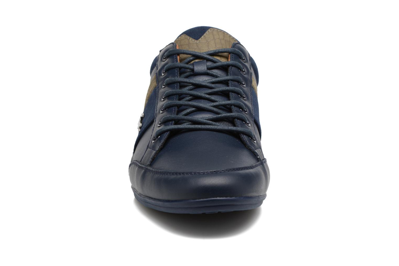 Baskets Lacoste CHAYMON 417 1 Bleu vue portées chaussures