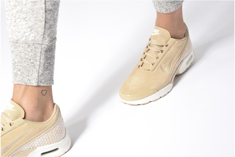 Sneaker Nike W Nike Air Max Jewell Prm Txt beige ansicht von unten / tasche getragen