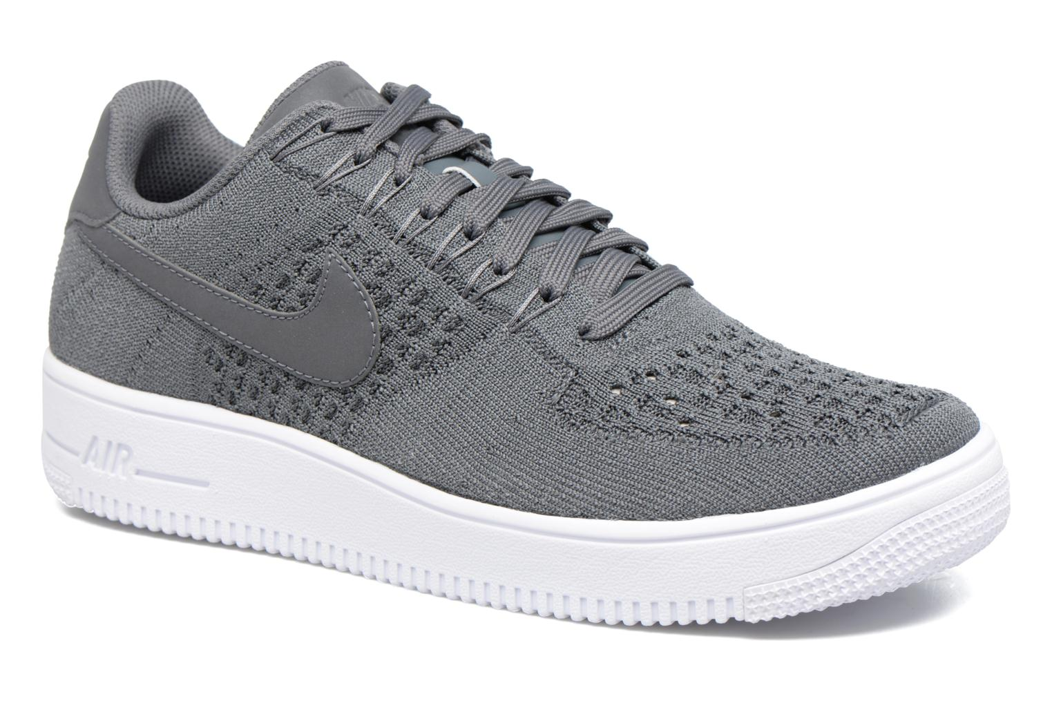 Baskets Nike Af1 Ultra Flyknit Low Gris vue détail/paire
