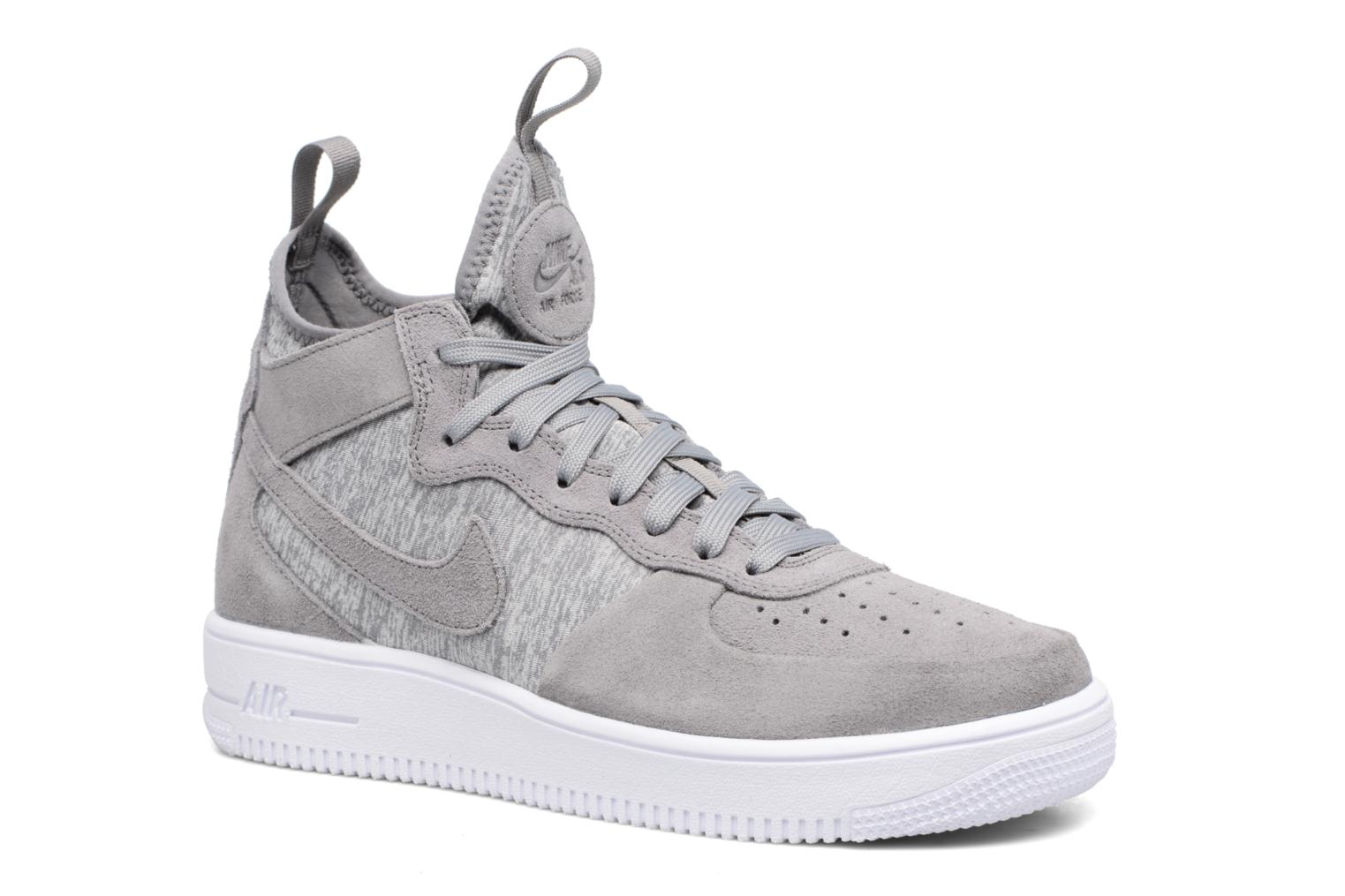 Nike Air Force 1 Ultraforce Mid Prm (Grey) Trainers chez Sarenza