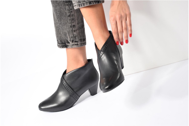 Bottines et boots Clarks Denny Frances Noir vue bas / vue portée sac