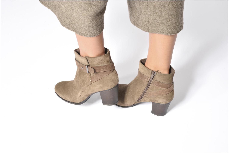 Bottines et boots Clarks Enfield Sari Beige vue bas / vue portée sac
