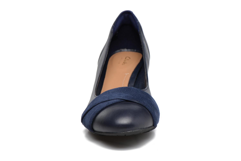 Escarpins Clarks Denny Louise Bleu vue portées chaussures