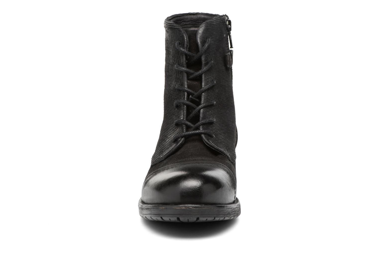 Bottines et boots Clarks Adelia Stone Noir vue portées chaussures