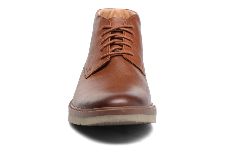 Bottines et boots Clarks Bonnington Top Marron vue portées chaussures