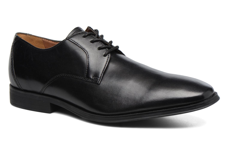 Chaussures à lacets Clarks Gilman Lace Noir vue détail/paire