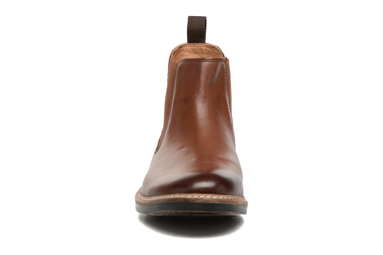 Bottines et boots Clarks Blackford Top Marron vue portées chaussures