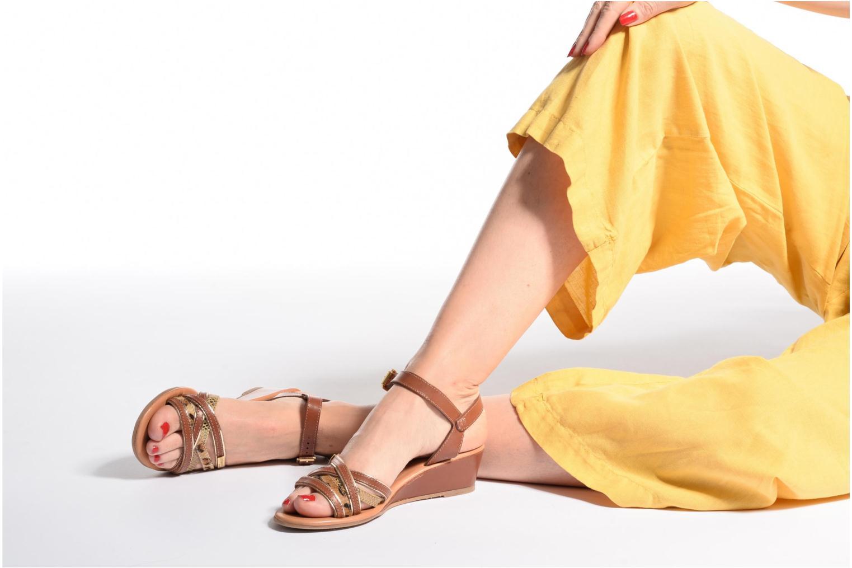 Sandales et nu-pieds Les Tropéziennes par M Belarbi Boreal Marron vue bas / vue portée sac