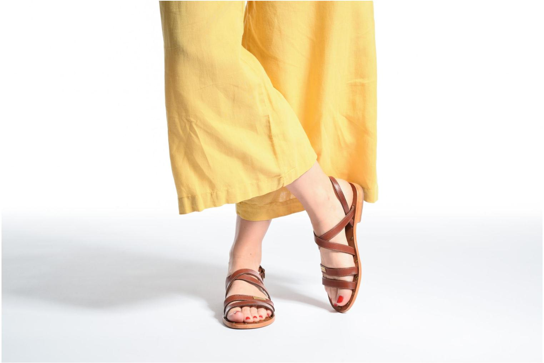 Sandales et nu-pieds Les Tropéziennes par M Belarbi Helios Marron vue bas / vue portée sac