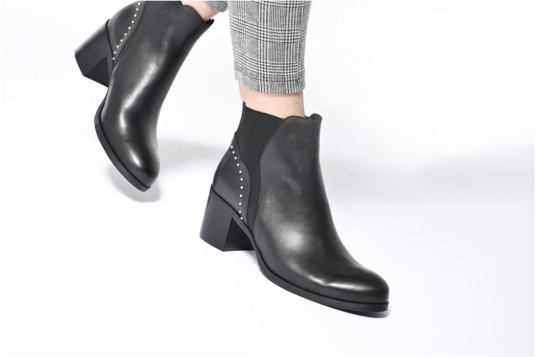 Stiefeletten & Boots Georgia Rose Soulia weinrot ansicht von unten / tasche getragen