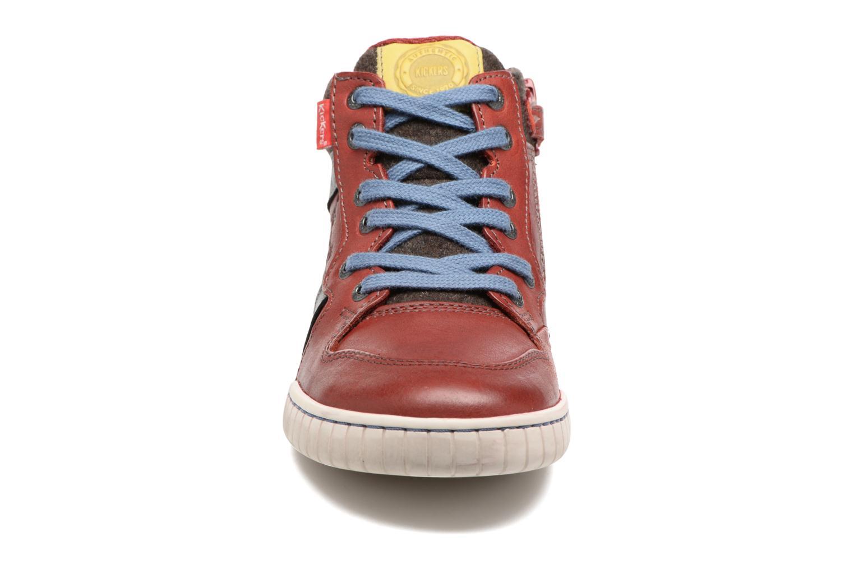 Baskets Kickers Wazabi Rouge vue portées chaussures