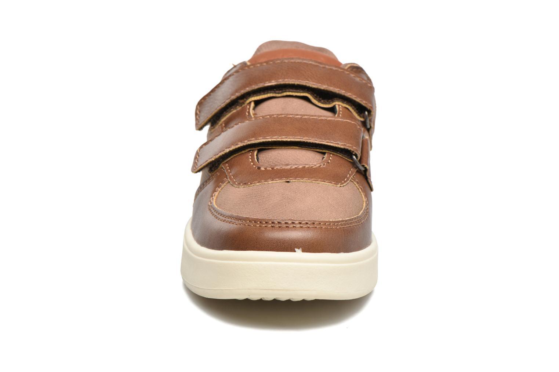 Baskets Kickers Gravlax Marron vue portées chaussures