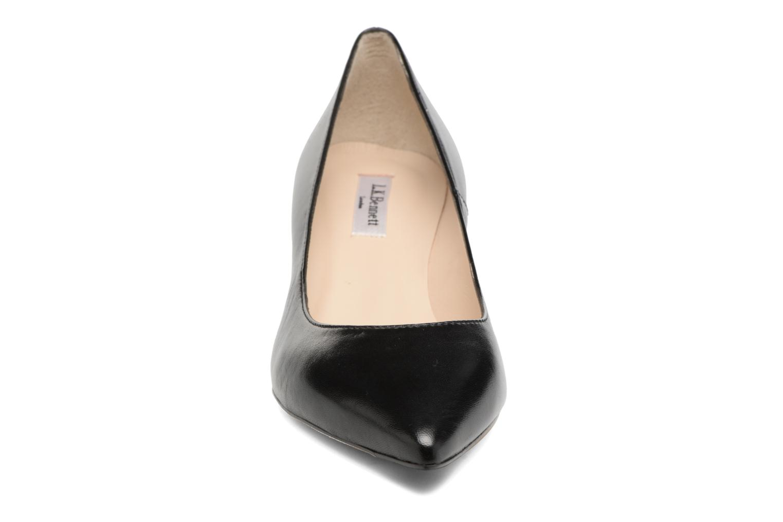 Zapatos de tacón L.K. Bennett Audrey Negro vista del modelo