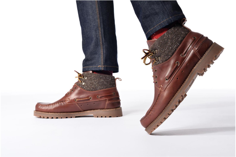 Bottines et boots Mr SARENZA Stellan Marron vue bas / vue portée sac