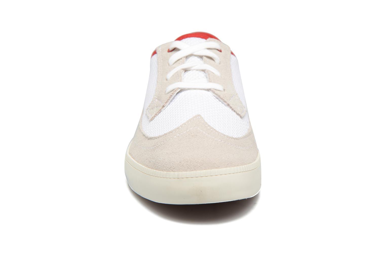 Baskets Timberland Newport Bay Suede Mesh Blanc vue portées chaussures