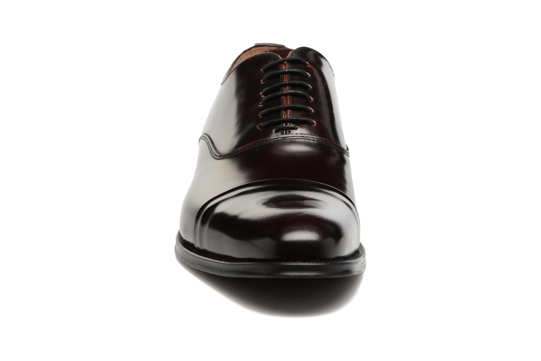 Scarpe con lacci Marvin&Co Retford Bordò modello indossato