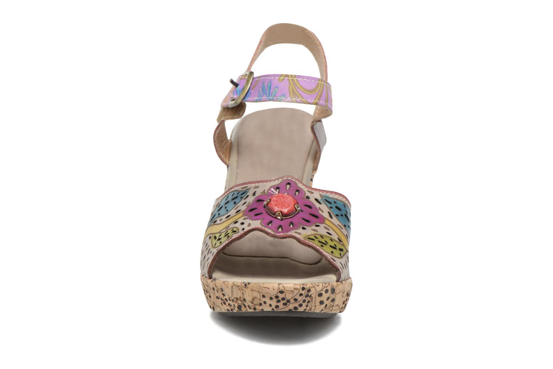Sandales et nu-pieds Laura Vita Veston Gris vue portées chaussures