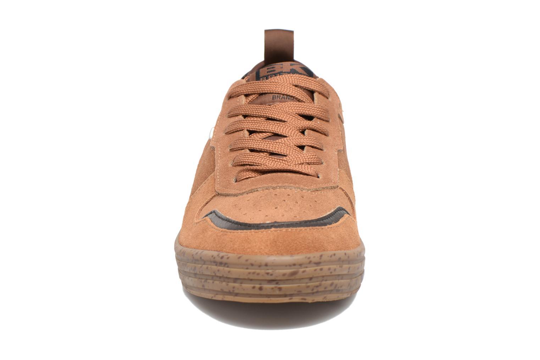 Baskets British Knights Foster Marron vue portées chaussures