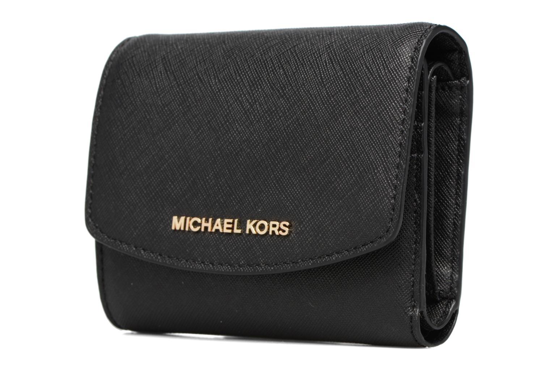 Marroquinería pequeña Michael Michael Kors Portefeuille Trifold SM Negro vista del modelo