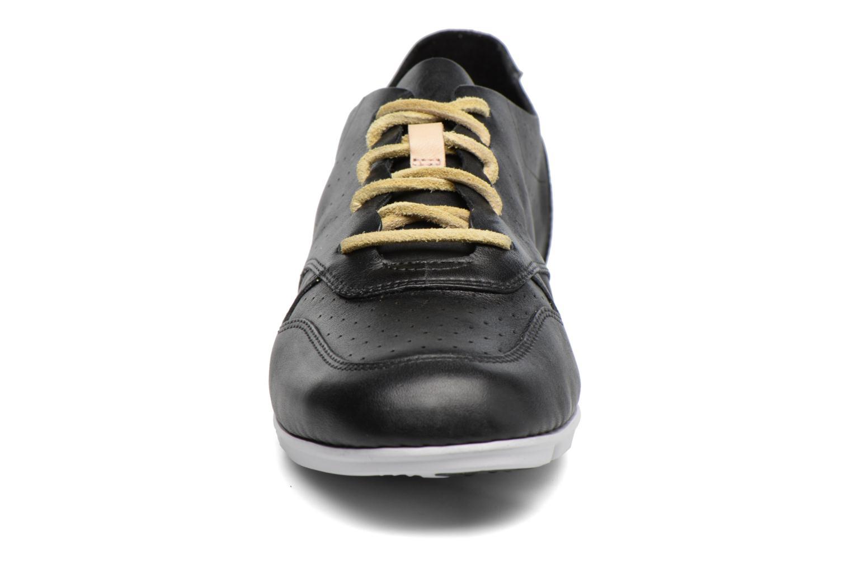 Baskets Clarks Tri Actor Noir vue portées chaussures