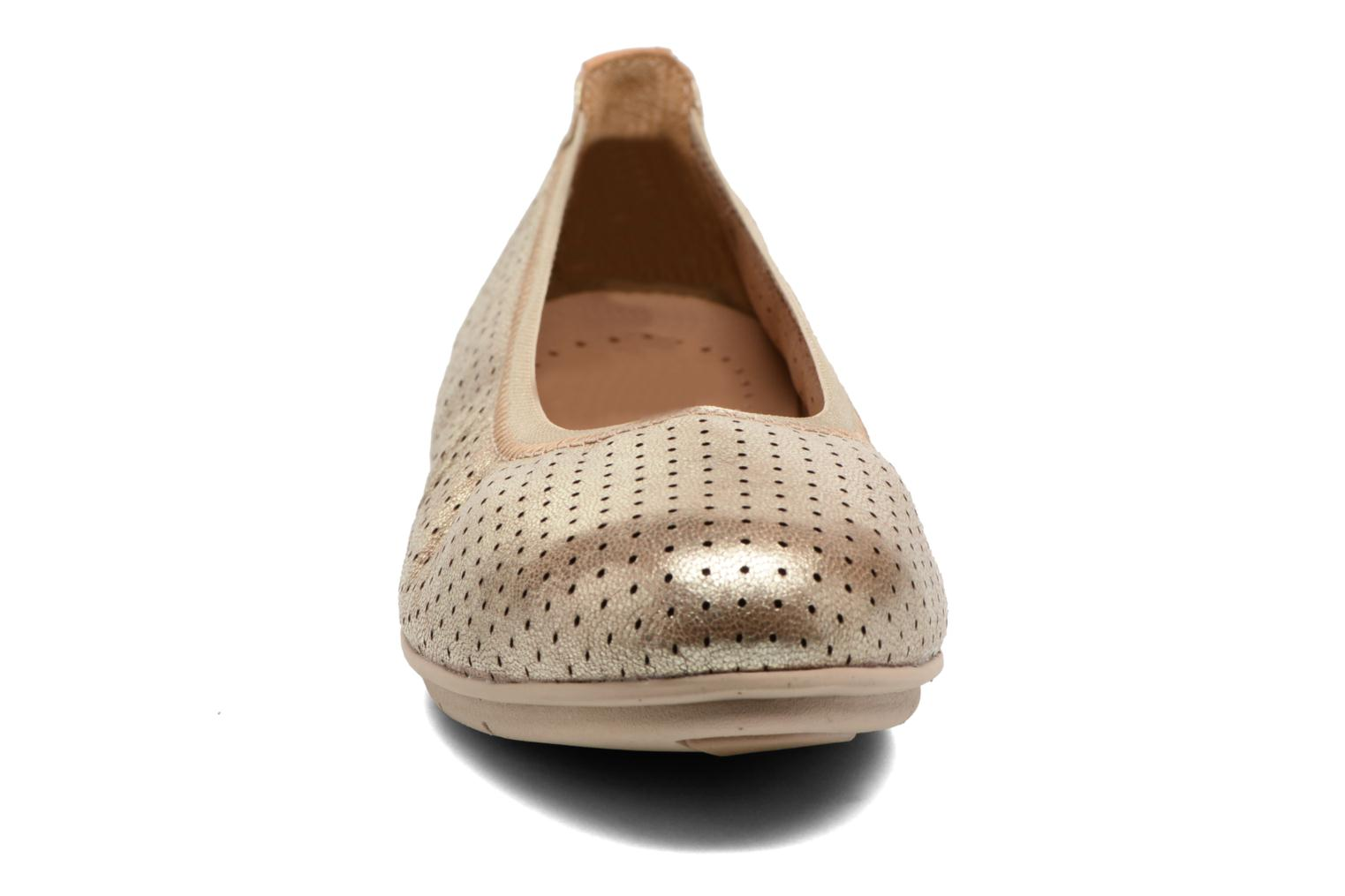 Ballet pumps Clarks Un Tract Bronze and Gold model view