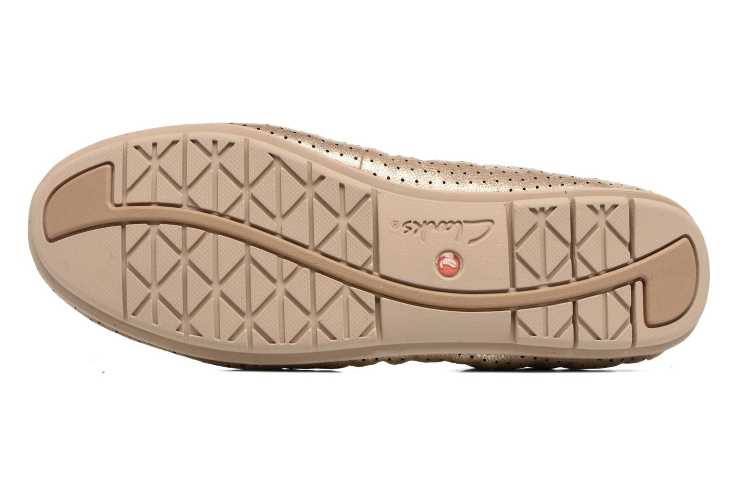 Ballet pumps Clarks Un Tract Bronze and Gold view from above