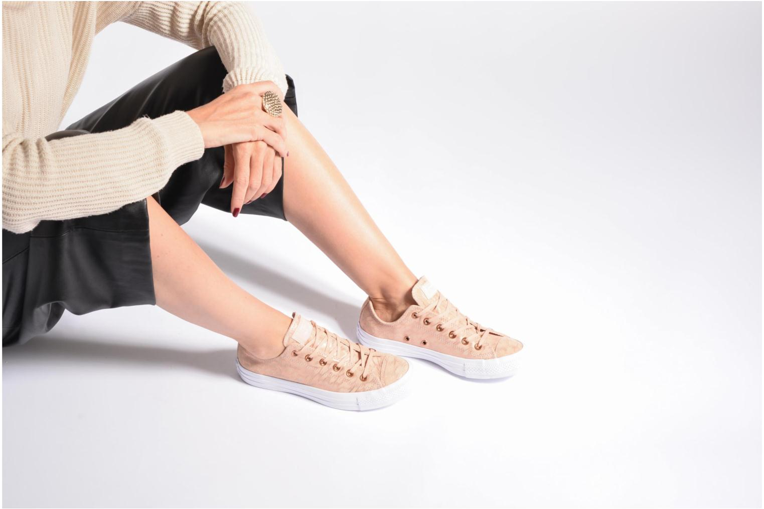 Sneakers Converse Chuck Taylor All Star Shimmer Suede Ox Roze onder