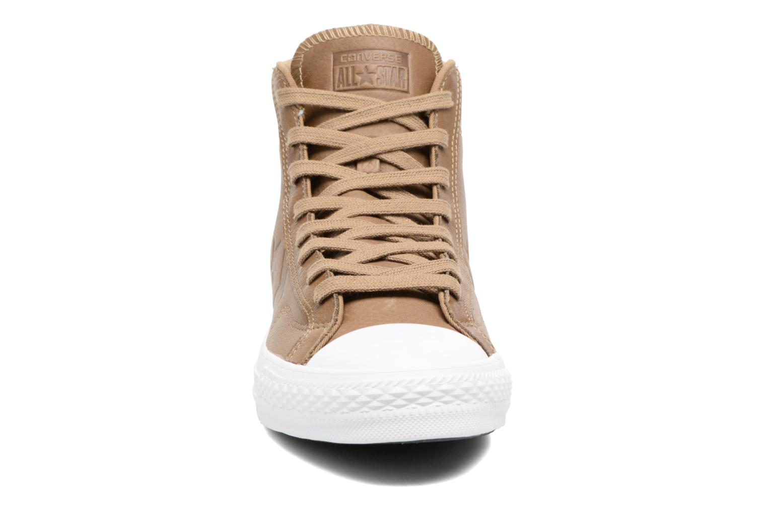 Baskets Converse Star Player Leather Hi Marron vue portées chaussures