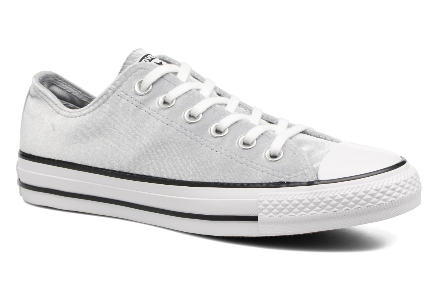 Baskets Converse Chuck Taylor All Star Velvet Ox Gris vue détail/paire
