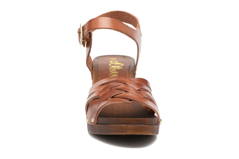 Sandales et nu-pieds S.Oliver Elly Marron vue portées chaussures
