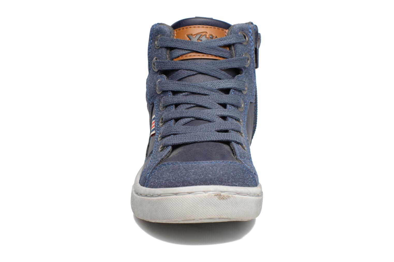 Baskets Xti Pasci 54008 Bleu vue portées chaussures