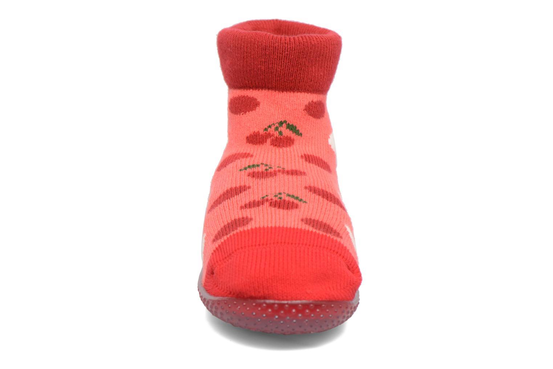 Chaussettes et collants SARENZA POP Chaussons Chaussettes POP  Slippers Rouge vue portées chaussures