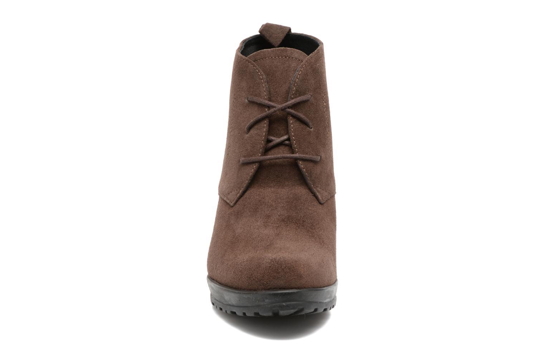 Bottines et boots Elizabeth Stuart Sygur 334 Marron vue portées chaussures