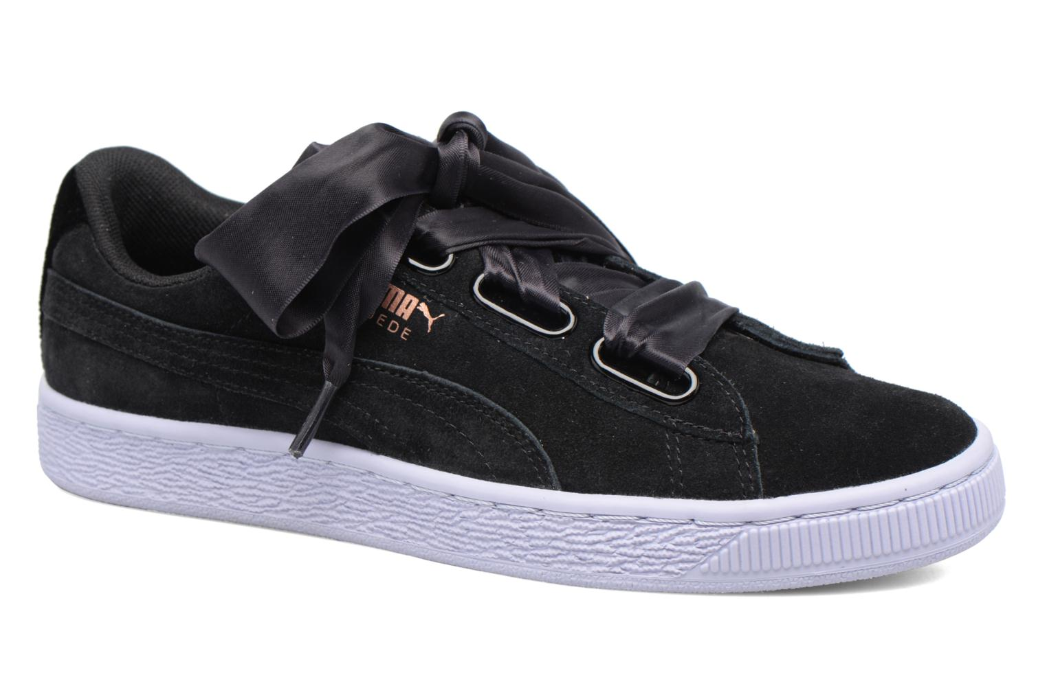 Trainers Puma Wns Suede heart Vr Black detailed view/ Pair view