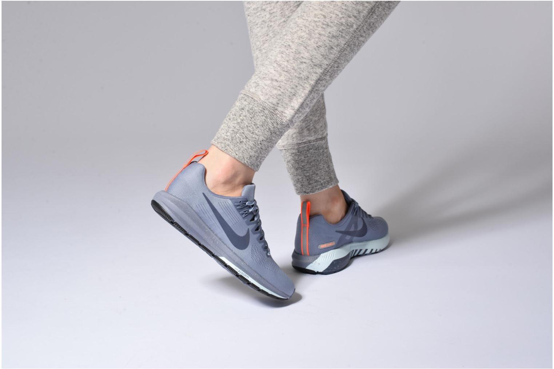 Chaussures de sport Nike W Air Zoom Structure 21 Shield Bleu vue bas / vue portée sac