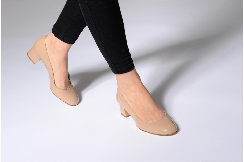High heels L.K. Bennett Maisy Beige view from underneath / model view