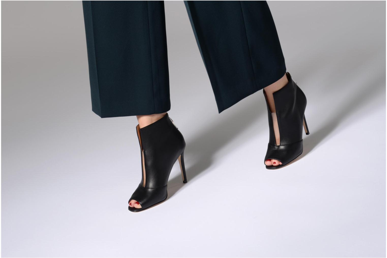 Bottines et boots Guess Funtime2 Noir vue bas / vue portée sac