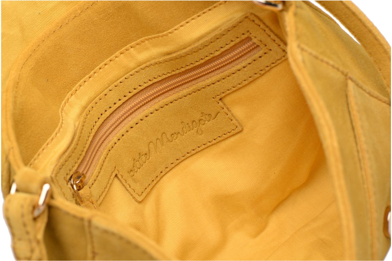 Handtassen Petite mendigote Crossbody Isaure Geel achterkant