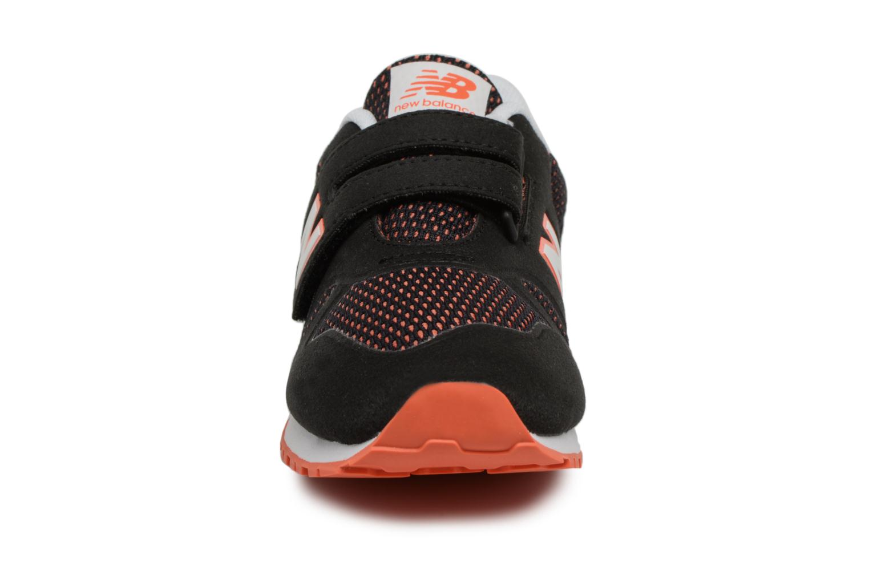 Baskets New Balance KA373 I Noir vue portées chaussures